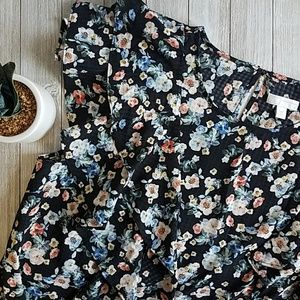 Short sleeve Ruffle Blouse by 14th & Union